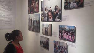 معرض يرصد الوجه الآخر لحياة عاملات المنازل والمصانع في الأردن