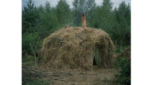 بالصور.. هكذا يعيش النسّاك في البراري بعيداً عن المجتمعات التقليدية