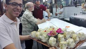 """بالصور من سوق """"الحميدية"""" في دمشق.. الثانية بعد منتصف الليل"""