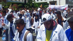 الحكومة المغربية تواجه احتجاجات خريجي مشروع 10 آلاف إطار تربوي