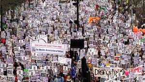 """""""نحن كثر""""..فيلم يؤرخ حياة 30 مليون شخص شاركوا بتظاهرات ضد الحرب العراقية"""