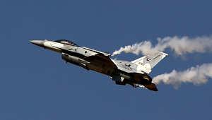 مسؤول أمريكي لـCNN: مقاتلات إماراتية تشارك الطائرات الأمريكية بالغارات على المنشآت النفطية شرق سوريا