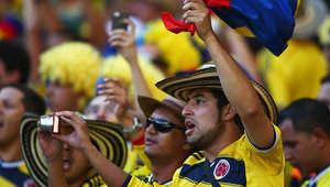 مشجعي كولومبيا خلال مباراة بين كولومبيا واليونان.