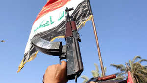"""العراق: أمير الدليم يتبرأ ممن يتعاون مع داعش والتنظيم ينشر صورا ويزعم """"نصرة"""" القبيلة لهم"""