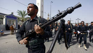 مقاتلون شيعة يستعرضون في شوارع العراق