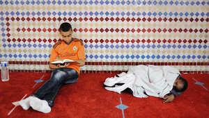 داخل مسجد السلام في فرنسا في أول ليلة لرمضان.