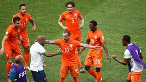 كأس العالم 2014: هولندا تتأهل على حساب المكسيك بهدف بالوقت القاتل