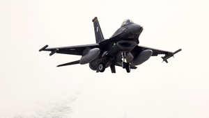 مقاتلة أمريكية من طراز F-16E