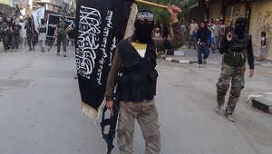 """مصدر: مقتل 13 من كبار قادة """"النصرة"""" ومؤشرات على إصابة أبومحمد الجولاني زعيم الجبهة بغارة سورية على إدلب"""