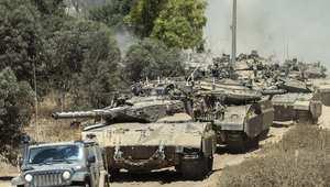 قافلة من دبابات ميركافا الإسرائيلية تزحف باتجاه مدينة رفح جنوب قطاع غزة