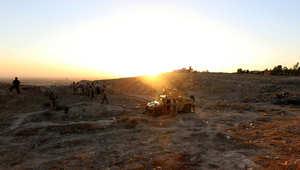 يقوم الجيش الأمريكي حاليا بعمليات إسقاط جوية لمواد غذائية ومياه للمحاصرين
