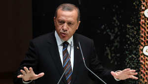 إردوغان: اقترحنا على أمريكا ارسال قوات بيشمرغة لكوباني لأن تسليح الـPKK والـPYD أمر غير مقبول