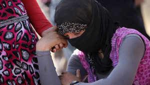 """المرصد: داعش يبيع نحو 300 من """"سبايا"""" الأيزيديات بـ1000 دولار للفتاة"""