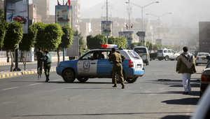 مصادر لـCNN بالعربية: تفجير يستهدف موكب وزير الدفاع اليمني بعد لقاء أمني