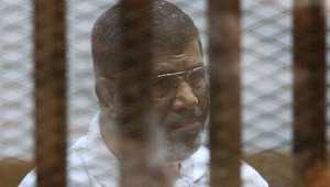 الرئيس المصري المعزول خلال جلسة من جلسات محاكمته