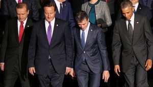 من اليسار، الرئيس التركي رجب طيب أردوغان، رئيس وزراء بريطانيا ديفيد كاميرون، الأمين العام لحلف الناتو اندريه فوغ راسموسين، والرئيس الأمريكي باراك أوباما خلال قمة الناتو في ويلز 4 سبتمبر/ أيلول 2014