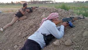 رجال االقبائل يخوضون المعارك إلى جانب القوات الحكومية في حربها على داعش شمال الرمادي