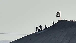 المرصد: داعش يقتل 30 جنديا سوريا بحمص ويفقد الاتصال بـ30 من عناصره بكوباني