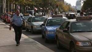 اعتصام لسائقي التاكسي في بنسلفانيا بالولايات المتحدة احتجاجا على السماح باستخدام تطبيقات الانترنت لطلب التاكسي 28 اكتوبر/ تشرين الثاني 2014