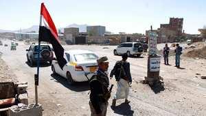 نقطة تفتيش تابعة للمليشيا الشيعية المسلحة من أنصار الحوثي في صنعاء 30 اكتوبر/ تشرين الأول 2014