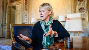 الخارجية الإماراتية تستدعي السفير السويدي وتسلمه مذكرة احتجاج إثر تصريحات وزيرة خارجية بلاده المسيئة للسعودية
