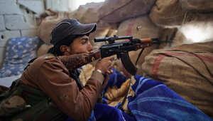 مقاتلة كردية من قوات حماية الشعب الكردي في شمال سوريا