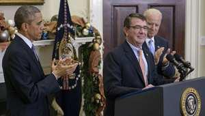 الرئيس الأمريكي ونائبه يصفقان لآش كارتر بعد إعلان ترشيحه لتولي منصب وزير الدفاع ، البيت الأبيض 5 ديسمبر/ كانون الأول 2014