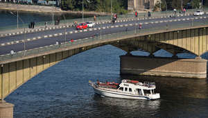 منظر عام لقارب في نهر النيل