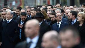 نتنياهو، هولاند، ميركل وغيرهم في مسيرة بباريس في أعقاب الهجمات الإرهابية الأخيرة على شارلي إيبدو