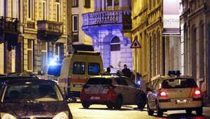 صورة تشبيهية - رجال شرطة في أحد شوارع مدينة فيرفيه شرق بلجيكا حيث تم الهجوم على خلية يعتقد أن تنظيم داعش يوجهها لشن هجمات في أوروبا.
