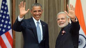 رئيس الوزراء الهندي بالبدلة