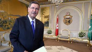 رئيس الوزراء التونسي حبيب الصيد يقدم حكومة ائتلافية جديدة يهيمن عليها حزب نداء تونس العلماني وتضم أعضاء من الاسلاميين
