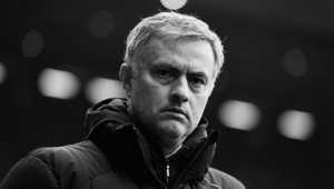 """فمورينيو هو الذي قاد بورتو للفوز بلقب دوري أبطال أوروبا، وأبلغ الصحافة البريطانية على الفور انه كان """"مميزا جدا."""""""