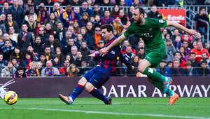 ميسي يسجل الهدف الثاني لبرشلونة
