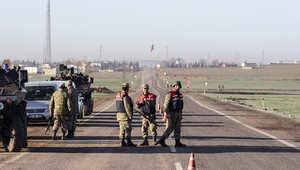 جنود أتراك على أحد المعابر الحدودية إلى سوريا
