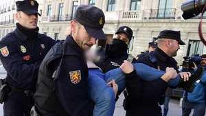 """بالصور.. مظاهرات """"فيمن"""" في إسبانيا"""