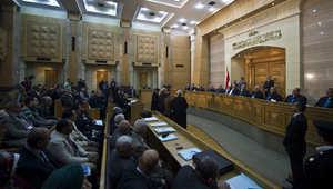 المحكمة الدستورية المصرية خلال إحدى جلساتها للنظر في دستورية قانون الانتخابات لمجلس النواب