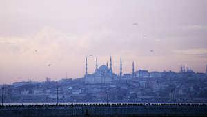 انقطاع شبه كامل للكهرباء في مناطق واسعة بتركيا يعطل المرافق والمواصلات العامة
