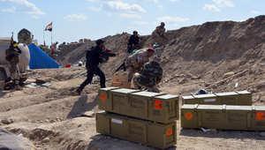 """العراق.. قيادي بالحشد الشعبي: تحرير تكريت خلال ساعات.. ومؤيدون للتنظيم يزعمون """"حركة طبيعية بالمدينة"""""""