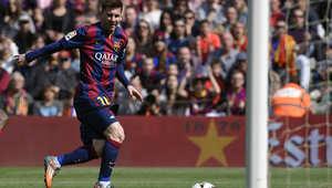 ثلاثية لميسي في مباراة برشلونة ورايو فاليكانو