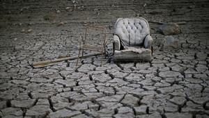 انخفاض شديد في مستوى مياه الخزانات في جميع أنحاء البلاد