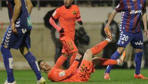 ميسي بعد تسجيله هدفا خلال الدوري الاسباني لكرة القدم