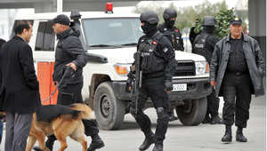 دورية للقوات الخاصة التونسية خارج مطار قرطاج الدولي 21 مارس/ آذار 2015