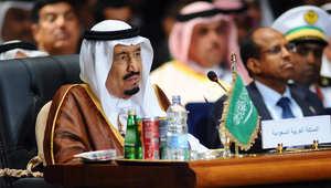 العاهل السعودي الملك سلمان بن عبدالعزيز خلال مشاركته في القمة العربية بشرم الشيخ، 28 مارس/ آذار 2015