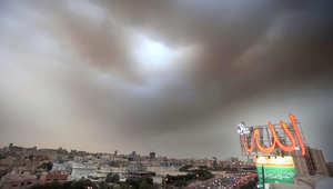 عاصفة رملية تهب على الكويت