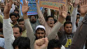 ناشطون باكستانيون من جماعة الدعوة، يتظاهرون تأييدا لعاصفة الحزم بمدينة لاهور الباكستانية ، 3 أبريل/ نيسان 2015