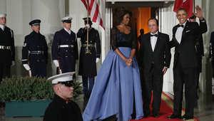 كافيار ونبيذ فرنسي وفستان ميشال.. بعشاء أوباما وهولاند