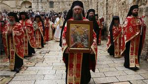 """احتفال المسيحيين بأحد الفصح في كنيسة القبر المقدس """"كنيسة القيامة"""" في القدس"""