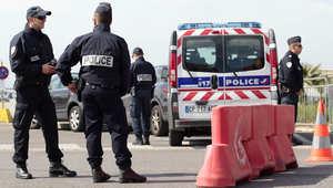 المدعي العام الفرنسي: المشتبه بتخطيطه لمهاجمة كنائس جزائري تم توجيهه من قبل شخص بسوريا