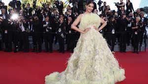 """الممثلة الهندية سونام كابور أثناء المشاركة في العرض الأول لفيلم """"انسايد أوت"""""""